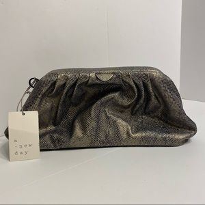NWT Womens Sparkly Metallic Croc Embossed Clutch